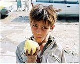 Вешал эту на заре сайта, когда снимков было много, а авторов - мало. Осталась незамеченной и была удалена, но самому по-прежнему нравится. Возможно, заблуждаюсь. Снято в афганском городе Мазари-Шариф.