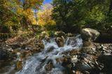 24 октября, последний теплый день. Большой Кавказский хребет. Горная речка.