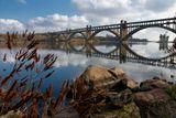 Мост Преображенского через Днепр на остров Хортица.