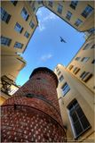 Башня грифонов находится во дворе аптеки Пеля и сыновей по адресу 7-я линия В.О., 16. Высотой она примерно 11 метров и в диаметре около 2 метров. «Крыша» башни – нехитрая жестяная. Необычно в этом строении то, что вся башня испещрена белыми цифрами – кажется, что пронумерован каждый кирпич.  Первый можно увидеть здесь: http://www.lensart.ru/picture-pid-23170.htm?ps=18  Подробнее про башню здесь: http://www.archi.ru/events/news/news_current_press.html?nid=3178&fl=1