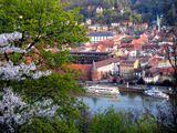 Гейдельберг (Германия) - город на реке Неккар, символ немецкого романтизма. Привлекает массу туристов со всего мира.