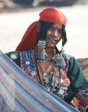 Индианка, продающая платки