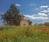 Часовня рядом с монастырем апостола Варнавы, в которой находится гробница апостола.Северный Кипр