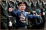 Марш ветеранов на Невском пр. в мае 2008года...