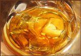 Aberlour a'bunadh обладает темно-золотым цветом, очень сильным, чуть дымным, ароматом, из фруктов в котором перобладают спелые яблоки... Вкус фруктовый (апельсин), ноты шоколада. Оставляет длительное и приятное послевкусие меда и специй...