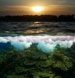... на твоих волнахогнем пылает закат...хочу обжечься...Красное море