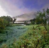 Алтайский край, Телецкое озеро, раннее утро и ранняя осень....