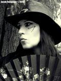 Александра Боделлер - питерская художница. Автор фото - Якоб Финогенов.