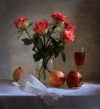 цветы,розы, гранат,натюрморт