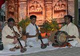 Выступление музыкантов на ярмарке в Дели