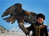 Макпал Абдразакова - единственная в Казахстане девушка-беркутчи (охотница с ловчими птицами).