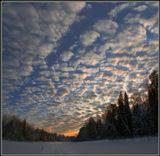 Зимник по льду озера Калмово, поздний вечер, мороз - за тридцать...