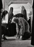 Простите , Христа ради, кого оставил на этом сайте, кого царпнул в комментариях.. я тихонько покинул Вас и лишь сегодня догадался попросить прощения. .. Был сегодня в Храме женского монастыря и вот, нахлынуло.. Теперь мне будет спокойно. Я расстаюсь теперь  с Вами правильно.