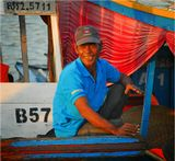"""На озере Тонлесап (Камбоджа). Из серии """"Жизнь на воде"""". ВСю серию см.: http://www.lensart.ru/album-uid-5e-aid-503c-sh-1.htm"""