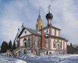 Троицкий Собор находится на территории Ново-Голутвина Свято-Троицкого Женского Монастыря.Коломна... мой город родной...