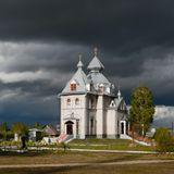 Новые церкви БелорусииСвято-Успенская церковь д. Узнаж  Гомельская обл.
