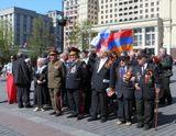 Армянская диаспора организовала возложение венков к Могиле Неизвестного солдата для ветеранов, приехавших из Армении