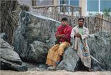 Ребята из Бангладеша, зарабатывающие  на берегу Оманского залива себе на жизнь рыбной ловлей.