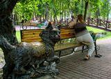 ..и не удержит золотая цепь..:)....вспоминая  Пушкина А.С. в летнем парке, неделю лучше начинать с улыбки..