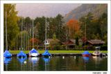 """Осенние. Озерные. Златые вечера. И яхты зачехленные, которым спать пора ...  """"Надвигалась осень. Лист сверкал золотом ...Небеса и озерные воды казались нежными, хрупкими, точно из золотисто-зеленого стекла."""" Андрей Белый. Симфонии.  Швейцария, озеро Бриенц. Вид из Интерлакена, известного городка, живописно расположенного между двумя озерами - Тун и Бриенц."""