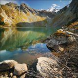 Осенний полдень на Верхнем Мультинском озере, сентябрь 2009. --- Nikon D300, Sigma 10-20/4-5.6, NDx400, поляризатор, iso200 12мм f/16 30с, панорама из 2 горизонтальных кадров