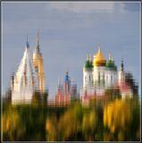 Коменский Кремль, отражение.
