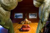 Знаменитая комната-иллюзия, которую Дали «слепил» из черт лица кинодивы Мэй Уэст. Театр-музей Сальвадора Дали в Фигерасе