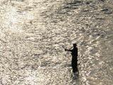 г.Улан-Удэ, река Уда. Собственно говоря название города от реки и происходит, в переводе с бурятского Красная Река (Улан-красный, Уда-река). Наблюдал за рыбаком не очень долго, но обычно там ловят не для результата, а для души... потому и без рыбки :-)