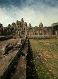 Камбоджия.Город-храм Ангкор Том. Обломки Кхмерской цивилизации.В ноябре...