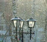 Солнышко светит, падает снег ... ;)снег фонари зима Томск