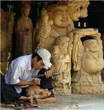 ... при участии пары ног. Вьетнам. Репост работы 2005 года.