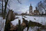 В 5 км от Борисоглеба находится село Спас-Подгорье. В селе - каменная церковь Преображения Господня 1811 года, построенная на месте деревянной.Закрыт в 1938 году. В советский период в храме был склад зерна.