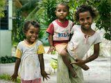 """Индонезия, Папуа Новая Гвинея, деревня Арборек (Arborek), 2011.Из серии: """"Дети Арборека""""."""
