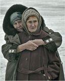 """Не все подвластно зимнему морозу - Тепло души согреет и в мороз...(с) *** (из серии """"Помилуй, Боже, стариков..."""")"""