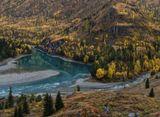 Горный Алтай. Место впадения реки Урсул в Катунь.