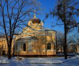 Кронштадтская часовня в честь Тихвинской иконы Божией матери       была торжественно заложена 18 (31) августа 1898 года, и спустя чуть более года,,       5 (18) декабря 1899 года освещена о. Иоанном Кронштадтским.       В конце 1931 года часовню уничтожили.       Возрождённая часовня освещена 1 ноября 2009 г. к 180-летию со дня рождения       св. Иоанна Кронштадтского