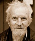 Ветеран ВОВ.  Пережил войну, два инсульта.  Имеет несколько боевых ранений, в теле несколько осколков. Продолжает жить и радоваться жизни. Скоро 90...