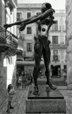 """Скульптура """"Памяти Ньютона"""" Сальвадора Дали. Посвящена великому ученому и открытой им силе тяжести.Испания, Фигерас."""