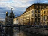 Санкт-Петербург слушая: Bears-The City Still  http://www.youtube.com/watch?v=-Hm61yi7jC8