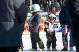 Построение перед Чемпионатом по мотогонкам на льду