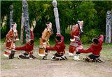 Поздравляю наших подруг по фотосайту с замечательным весенним праздником! Пусть все мужчины преклонялись перед вами также темпераментно, как это делают юноши славного племени ительменов!