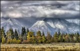 Когда облака цепляются за вершины гор, боги сходят на землю :)_________________________________Бурятия. Тункинская долина поздней осенью. На ЗП отроги Восточных Саян.