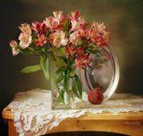 натюрморт, альстромерия, цветы, отражение, профиль, гранат