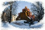 Золотые ворота — один из немногих памятников оборонного зодчества Киевской Руси периода правления Ярослава Мудрого.