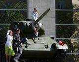 Счастье мирных дней. Москва. Музей Вооруженных Сил. 9 мая 2012 года.