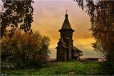 На окраине города Кондопоги стоит знаменитая Успенская церковь, по праву считающаяся вершиной деревянного шатрового зодчества. Не случайно специалисты называют церковь Успения в Кондопоге «лебединой песней» деревянного зодчества, так как построена она в 1774 г., когда в традиционной деревянной архитектуре уже обозначились признаки упадка.Это самая высокая из сохранившихся деревянных церквей(ее высота-42 метра)