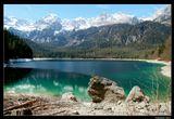 *  *  *Ах, как притягательны для взораЛед и изумрудная вода.Я влюбился в горныe озера,И, похоже, это навсегда ...*  *  *Италия. Доломиты Брента. Озеро Товель.
