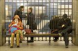 """Из серии """"Жизнь в метро""""Для некоторых метро - средство передвижения,у других здесь проходит жизнь...Наверху - метель и холод, внизу - тепло и возможность кратковременной передышки.Или это место свидания, или мини-офис, или единственная возможность на минутку повстречаться с другом, а потом опять бежать по кругу..."""