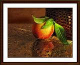 Персик — символ юности и бессмертия. Плод персика символизирует непрерывный процесс возобновления жизни, а цветок персика — весну, женское обаяние, мягкость, миролюбие, свадьбу, а также девственность и чистоту... В христианстве персик — плод спасения, персик с листком у черешка — добродетель сердца и языка, добродетель молчания.