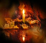 Жизнь под этим небомНужно пламенно прожить.Кем бы ты на свете не был,Не гаси огонь души!